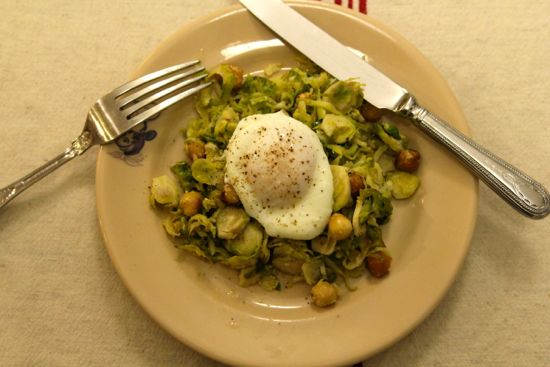 egg on brussels